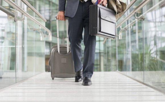 Как собрать чемодан в
