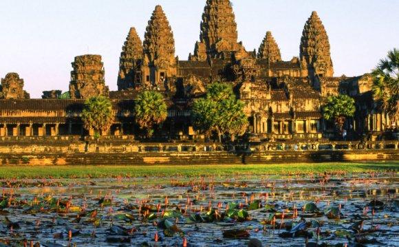 Храмы Ангкора: самостоятельная